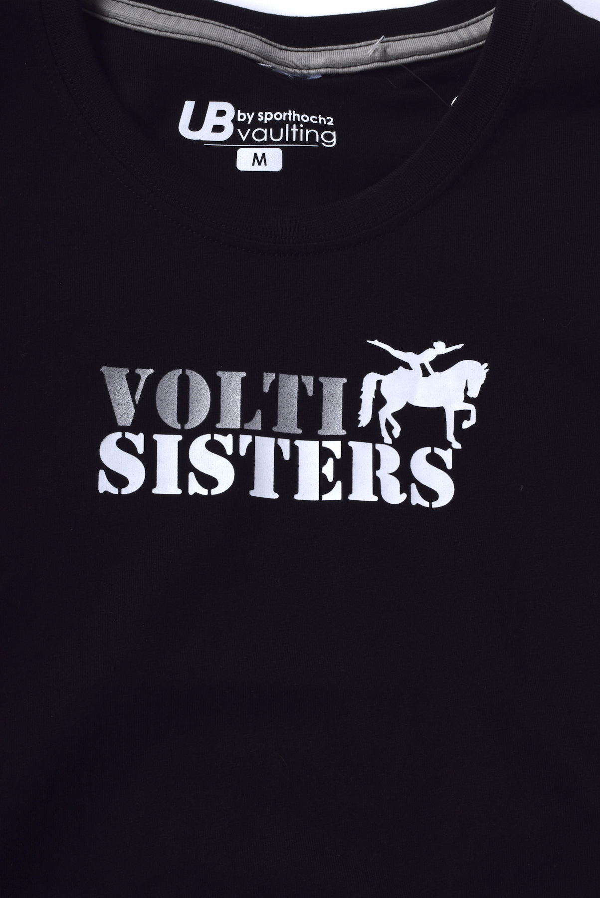 VAULTING - Volti sisters